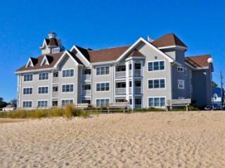BEACHFRONT CONDO WITH OCEAN VIEWS - OB HCLE-203 - Oak Bluffs vacation rentals
