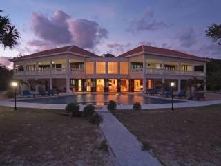 Villa Champagne - Barefoot Luxury - Port Vila vacation rentals