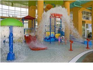 Splash 2002E *K,Q,Q,Q* FREE Beach Service & WIFI - Panama City Beach vacation rentals
