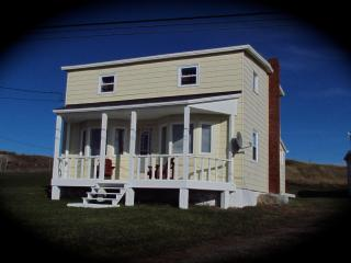 Home From Away - 3 bdrm house  beautiful sea views - Elliston vacation rentals