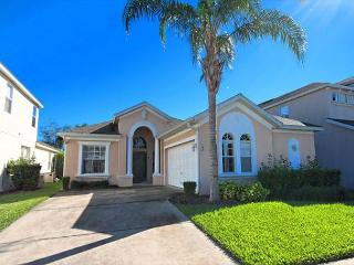 THE GROVE: 4 Bedroom Pet-Friendly Home with 2 Master Suites - Winter Haven vacation rentals
