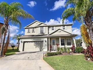 BROOKLANDS: 6 Bedroom Home with Pool and Spa, Themed Kids Room and 3 Suites - Davenport vacation rentals