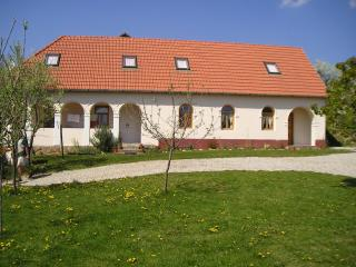 Beautiful Holidayhouse with garden in Hungary - Bogacs vacation rentals