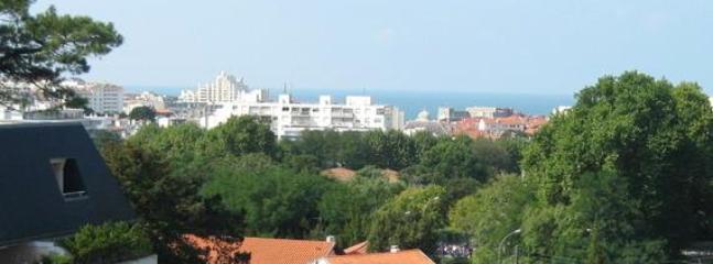 Ocean view from the balcony - BIARRITZ OCEAN VIEW, Surf & Turf - Biarritz - rentals