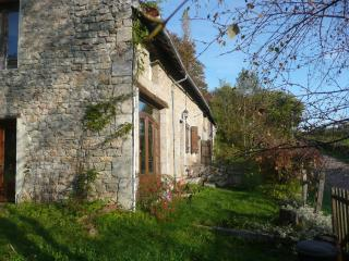 Charming Old Stone Farmhouse in Parc Morvan - Burgundy vacation rentals
