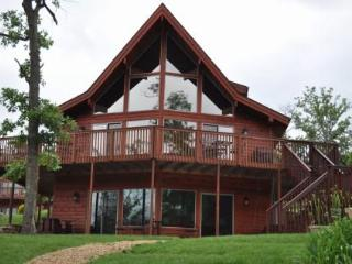 Water's Edge-Lake Front Luxury Cedar/4 Bedroom - Branson vacation rentals