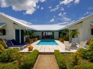 Villa Cattleya. Right in the center of Grand Bay. - Grand Gaube vacation rentals