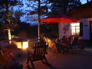 Historic, Romantic In-Town CABIN. HOT TUB under the STARS! MtnViews, Walk to Shops Very Private! Close to Everything! - Estes Park vacation rentals