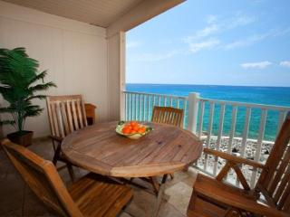 Free Car* with Sea Village 4207 - Gorgeous 2B/2B oceanfront, renovated condo. Watch sunsets from lanai! - Kailua-Kona vacation rentals