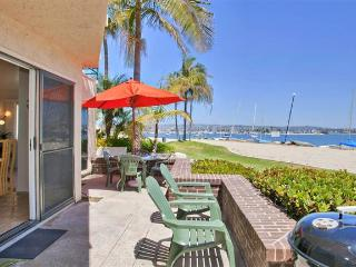 #3263 - WATERFRONT W/Spacious Patio! - Mission Beach vacation rentals