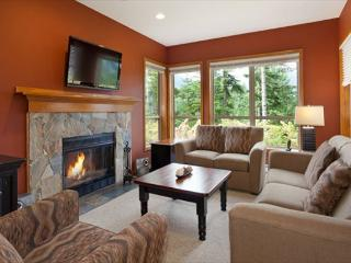 Painted Cliff 20 | Comfortable 2 Bedroom Ski In/Ski Out Townhome with Parking - Whistler vacation rentals