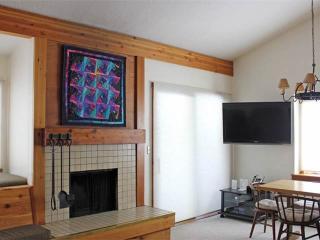 2 bed+loft /2 ba- ELDERBERRY 4024 - Wilson vacation rentals