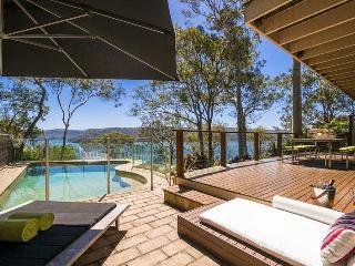 KAMEKURA Avalon - Your Perfect Villa Choice - Umina vacation rentals