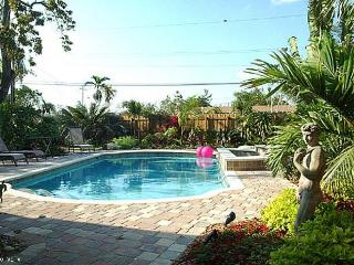 GRAF HILL HOUSE, 2Bed/2Bath Relax in Private Pool! - Fort Lauderdale vacation rentals