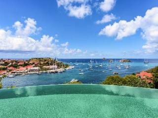 Modern Villa Lam offers amazing sunset views, close to the city of Gustavia - Gustavia vacation rentals
