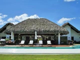 Close to the beach, staffed Villa Hermes offers every comfort, including heated pool & hot tub - Dominican Republic vacation rentals