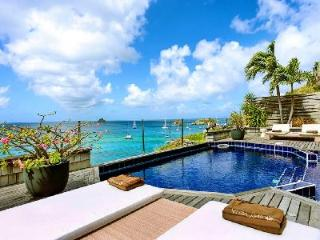 Cliffside Sky Vista offers exceptional sea views, pool & is close to town - Gustavia vacation rentals