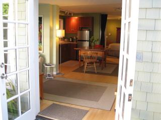Pacific Heights, Large, Quiet, Garden Apartment - San Francisco vacation rentals