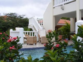 Wonderful Villa with pool in a tropical garden - Curacao vacation rentals