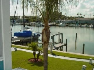 BEAUTIFUL WATERFRT unit - Madeira Beach Yacht Club - Madeira Beach vacation rentals