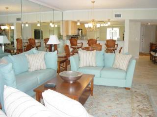 Beach Cottage Waterfront Beauty In Indian Shores - Madeira Beach vacation rentals