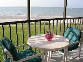 Sundial BEACHFRONT - Best Location in Sanibel - Sanibel Island vacation rentals