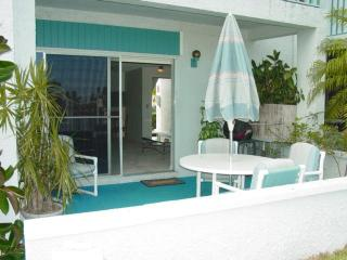 Madeira Beach Yacht Club 329b-remodeled Waterfrt - Madeira Beach vacation rentals