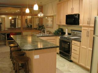 New Floor Plan Full kitchen 1 Bdrm Walk to Gondola - Keystone vacation rentals