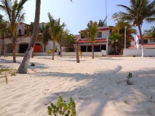 Casa Marytema's - Chicxulub vacation rentals