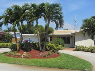 Fashionable Beach House Paradise With Pool - Fort Lauderdale vacation rentals