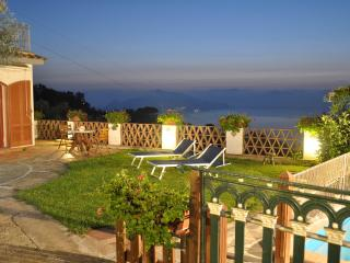 casa 2 ulivi,pool,garden,breathtaking sea view - Massa Lubrense vacation rentals