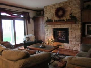 Luxurioius Lakefront Condo with Pontoon Rental - Marquette vacation rentals