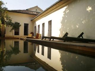 Shunya Noi Varo - Baga vacation rentals