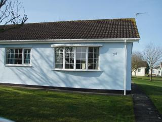 2 bedroom bungalow in Gower, Wales, United Kingdom - Swansea vacation rentals