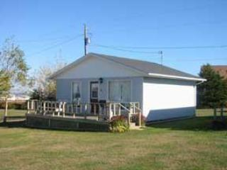 Cavendish Bosom Buddies Two Bedroom Deluxe Cottage - Cavendish vacation rentals