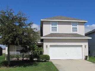 2713 CL  4 Bdrm, 3.5 Bath, Wi-Fi, Lake view, Pool, Pet Friendly - Orlando vacation rentals