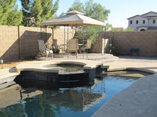 Beautiful 4 Bedroom getaway - Apache Junction vacation rentals