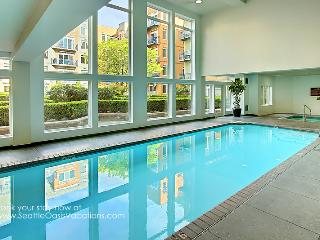 2 Bedroom Harbor and City View Oasis-Summer sale-15% off open August dates! - Seattle vacation rentals