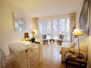 Elegant Vacation Rental Near Champs Elysees - Paris vacation rentals
