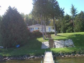 Beautiful Secluded Cottage on Mullet Lake - Cheboygan vacation rentals