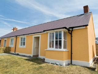 Pet Friendly Holiday Cottage - Gorse Cottage, Broad Haven - Broad Haven vacation rentals