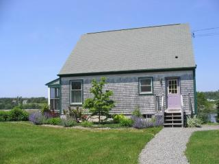 Seaside Cottage, 3 BRs, Private Beach, Great Views - Brooklin vacation rentals