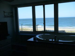 Luxury Oceanfront Condo, Jacuzzi Overlooking Ocean - Ocean City vacation rentals