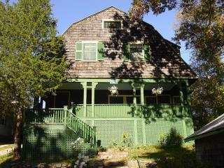 True Maine Cottage, Footsteps to Little Beach - Ogunquit vacation rentals