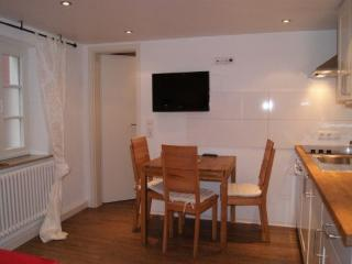 Vacation Apartment in Bamberg - 323 sqft, central, comfortable (# 2314) - Bavaria vacation rentals