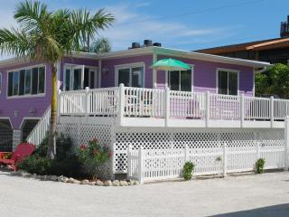 Cottages of Paradise Point - Mermaid Cottage - Fort Myers Beach vacation rentals