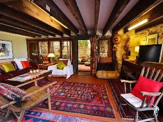Silver Street Studio - romantic Fremantle retreat - Fremantle vacation rentals