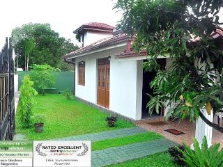 Green Gardens Negombo - Negombo vacation rentals