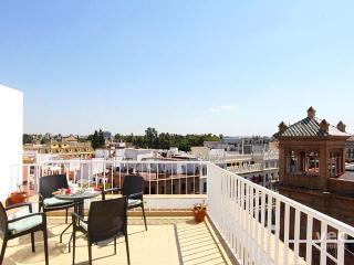 Constitucion   2-bedrooms, 2 terraces, parking - Seville vacation rentals