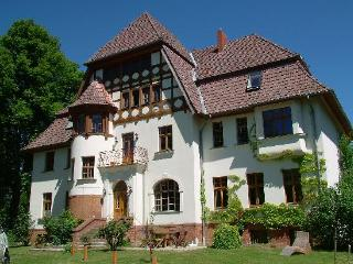 Vacation Apartment in Weitendorf - 861 sqft, quiet, comfortable (# 2344) - Guelzow b Guestrow vacation rentals
